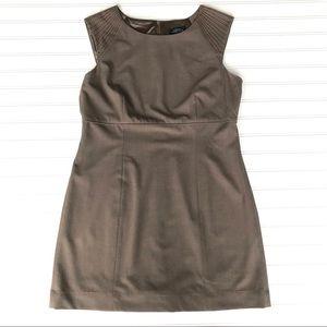 💐Tahari Sleeveless Tan Dress, Size 12💐